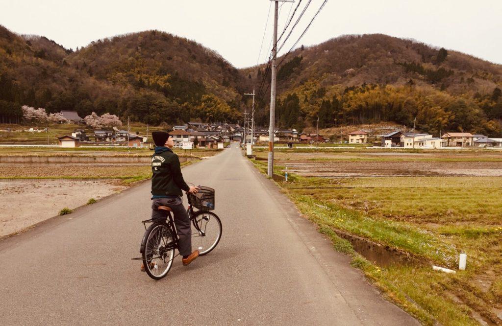 自転車に乗るまちゅ