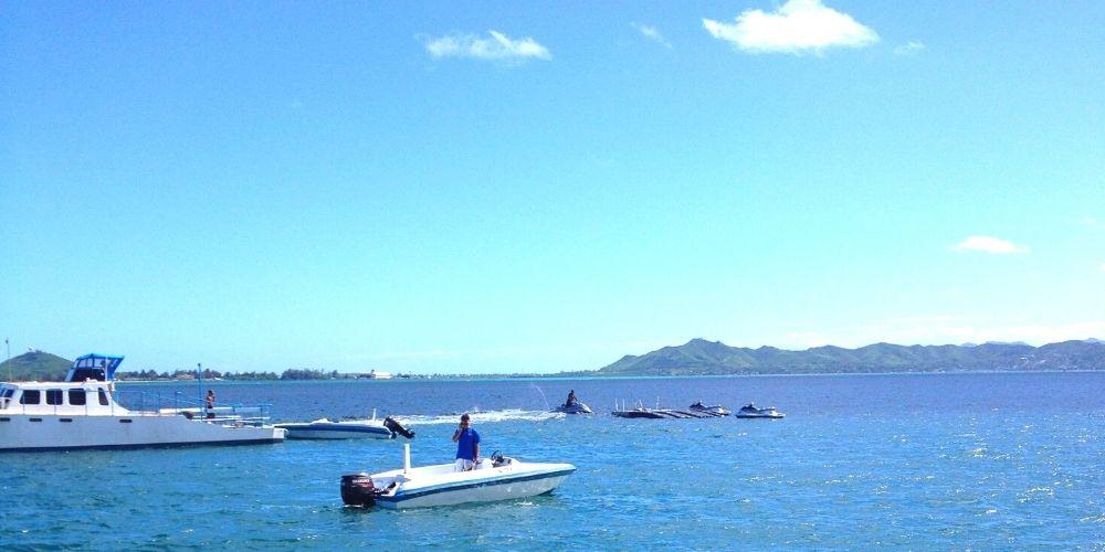 ハワイの船