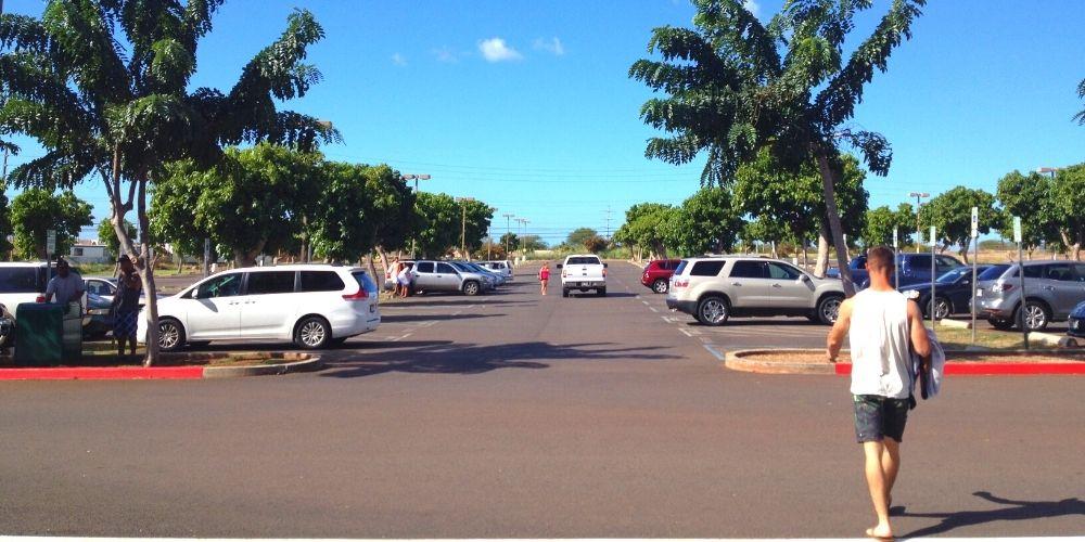 ハワイの駐車場