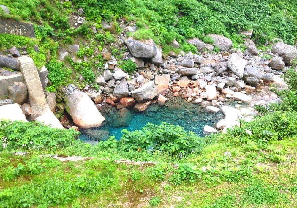 称名滝の川